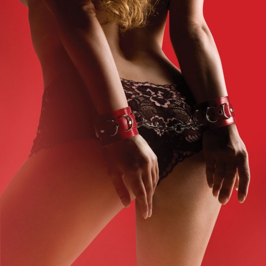 ESPOSAS OUCH! LEATHER HANDCUFFS ROJAS